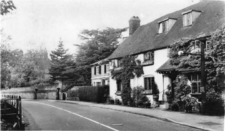 Unknown pub in the Oxsted Road