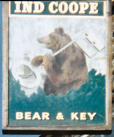 Bear and Key sign 1990