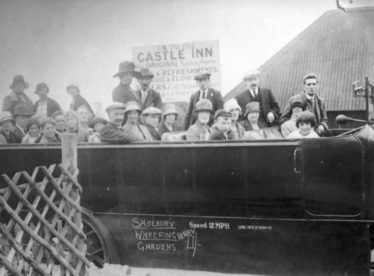 Castle Inn Little Wakering, Essex 1914
