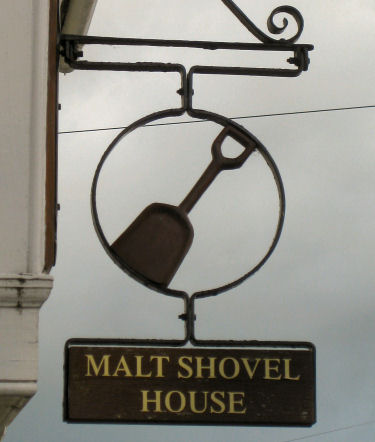 Malt Shovel sign