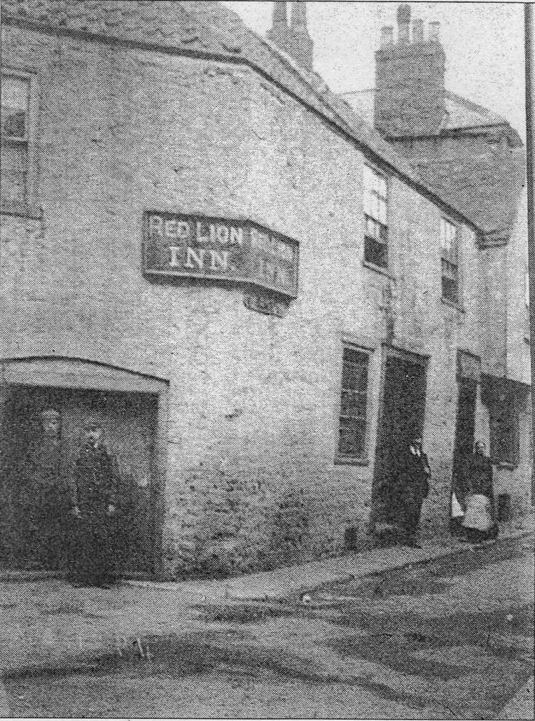 Red Lion St James 1905