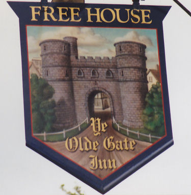 Gate Inn sign 1991