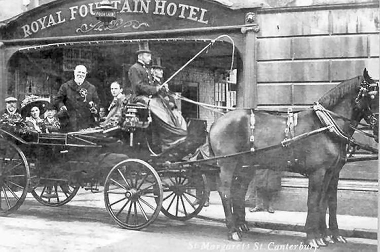 Carriage outside Royal Fountain Hotel